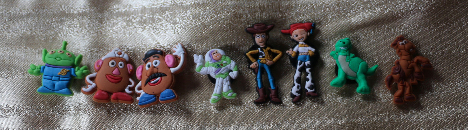 NEW 8 charms Decorative Toy Story Shoe Charm Set Girls or Boys Water Shoes Buzz