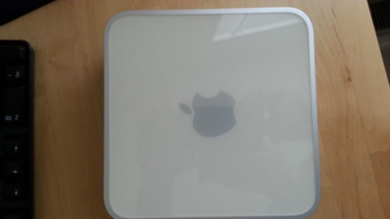 Apple Mac mini A1176 Desktop - 1.83 GHz, 4GB, 160GB