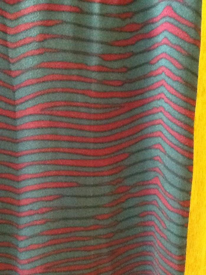 Lularoe Cassie medium skirt NWT in Grey and pink