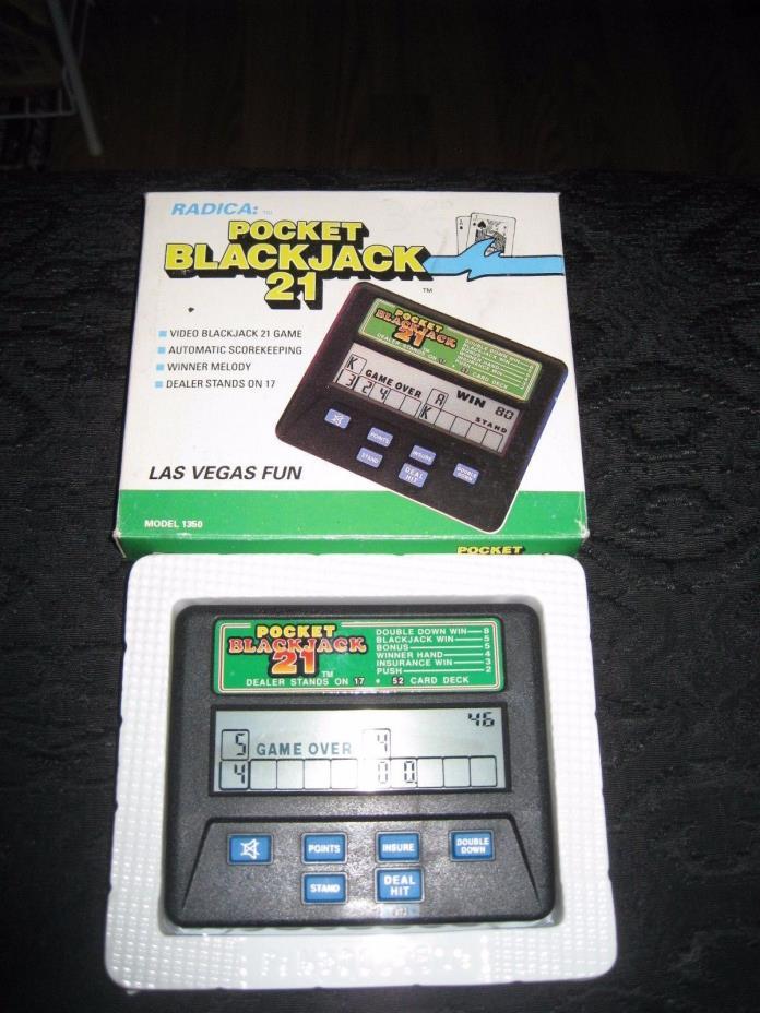 Pocket BlackJack Black Jack 21 Card Game Radica 1350 with original box