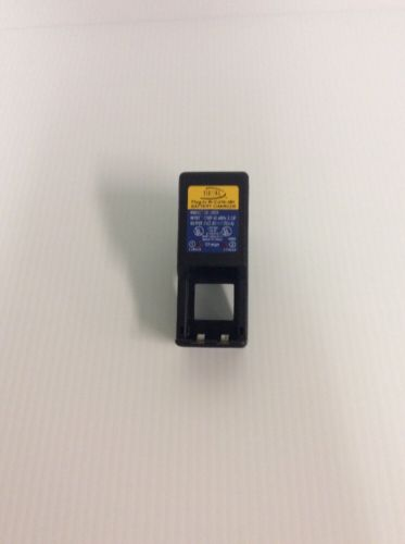 DIGITAL  Concepts Plug-In Ni-Cd Ni-MH Battery Charger - Clean VG Cond