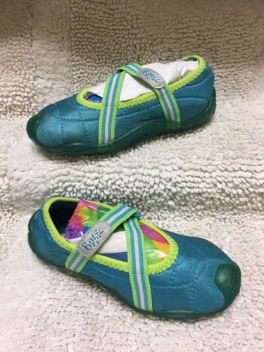 Girl's Bratz Water Shoes Aqua Socks *Blue/ Green Size 12