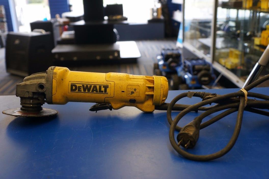 Dewalt DWE402 4 1/2 inch 11 Amp paddle switch angle grinder