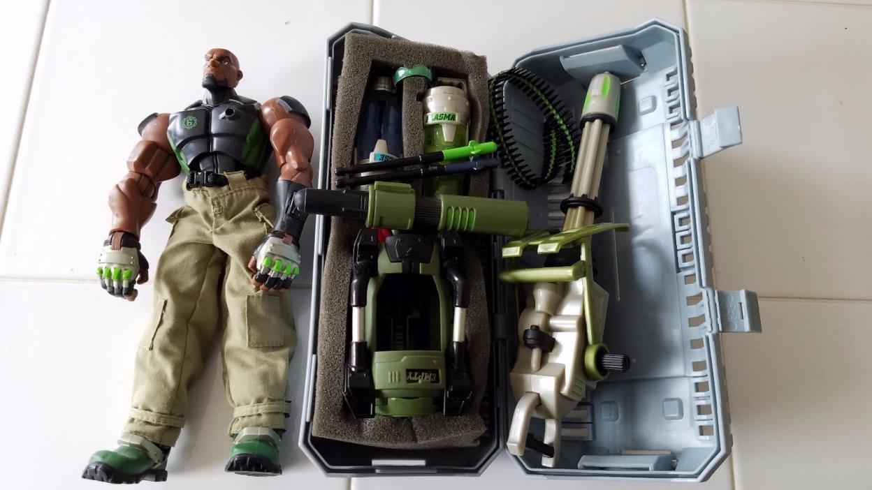GI Joe Sigma Six Heavy Duty Action Figure Hasbro 2005 With Accessories and Case