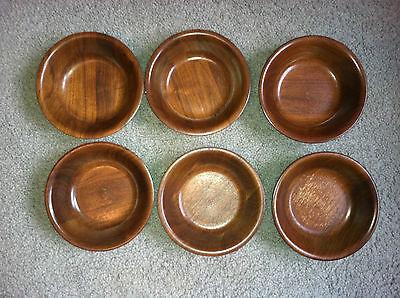 Set of 6 solid wood salad bowls