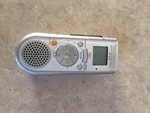 Olympus VN-3600 (32 MB, 6 Hours) Handheld Digital Voice Recorder