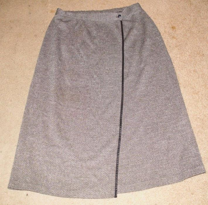 Leslie Fay Haberdashery Gray Skirt - Size XL