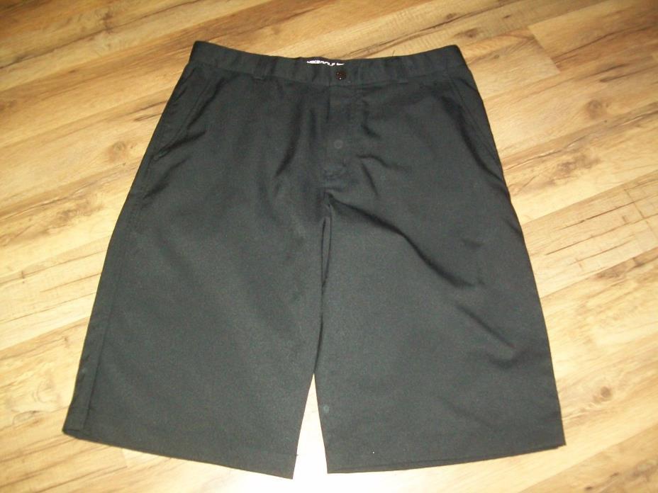 Boys Youth Nike Black Dri Fit Golf Shorts Size XL Measure 30 Waist