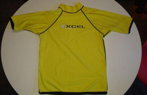 Xcel Men's rash guard uv protection sz Large