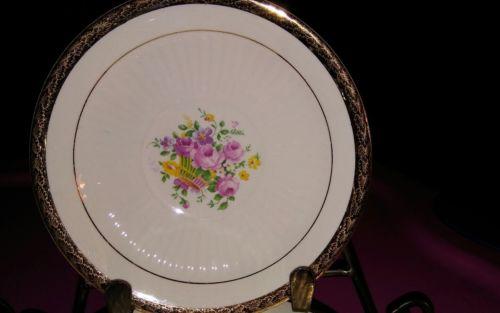 ( ebay store closing) Vintage Warranted 22K Gold Royal Etched Gold plates