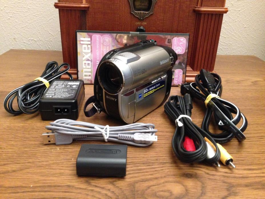 Sony HandyCam DCR-DVD650 Hybrid Flash Media Mini-DVD Camcorder 60x Optical Zoom