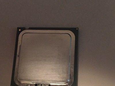 Intel Pentium D 820 2.8GHz LGA 775 800MHz  SL88T