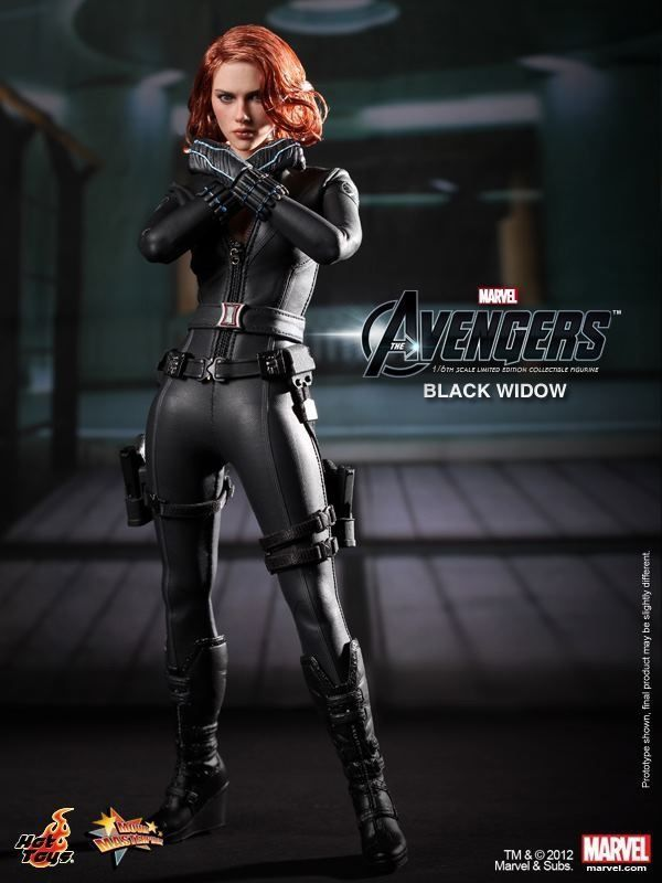 HOT TOYS NEW IN BROWN SHIPPER AVENGERS BLACK WIDOW FIGURE-LIMITED EDITION