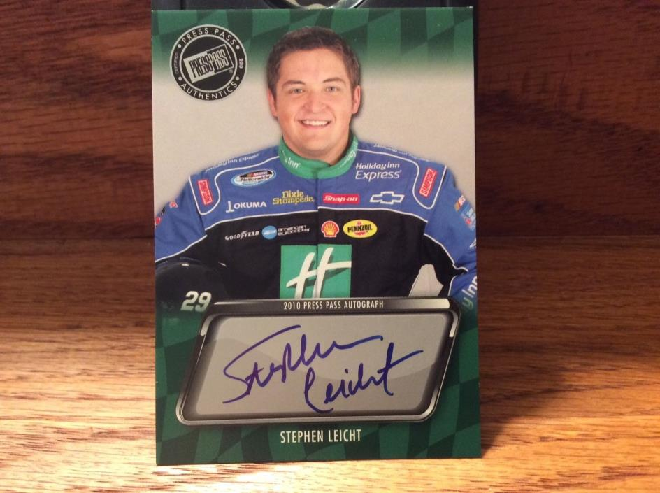 2010 Press Pass Autograph of Stephen Leicht.