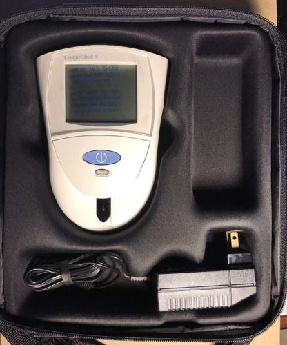 Roche CoaguChek S System - Blood Coagulation Meter & Carrying Case