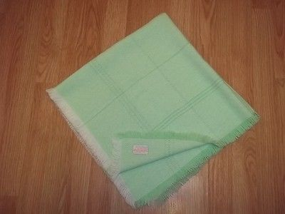 The Three Weavers GREEN Acrylic Stripes Lines Baby Blanket Hand Woven Throw EXC