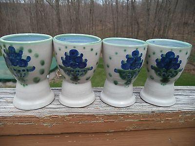 4 M.A. Hadley Bouquet Tabletop / Blue Flower Egg Cups