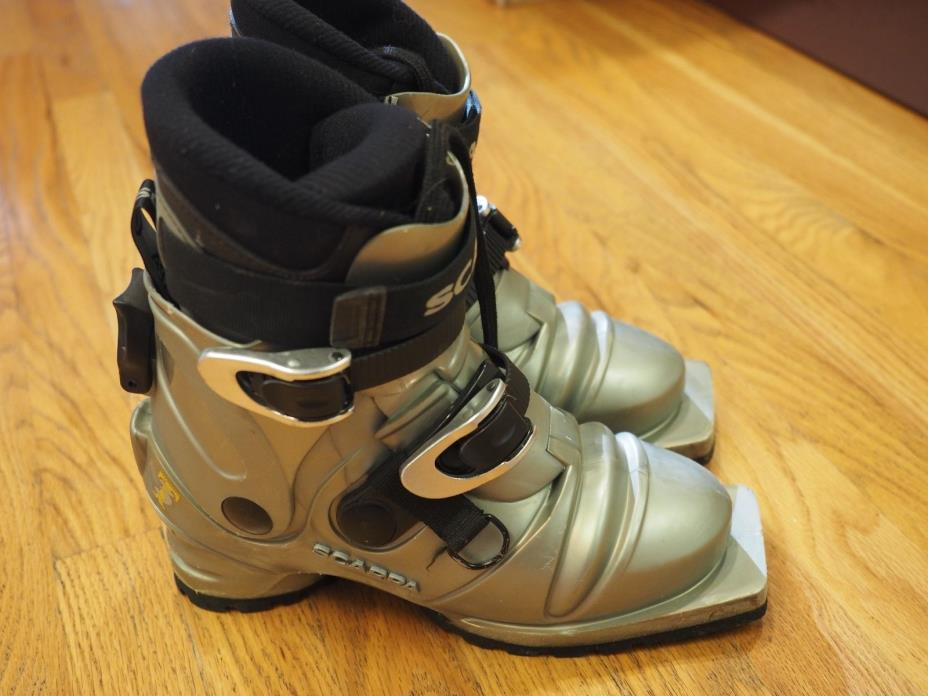 Scarpa T3 75mm Telemark Boots Women's 6.5