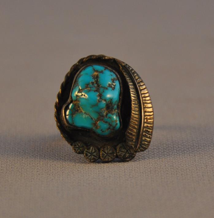 VINTAGE NAVAJO SILVER RING - TURQUOISE NUGGET STONE - SILVER APPLIQUE -  5 1/2