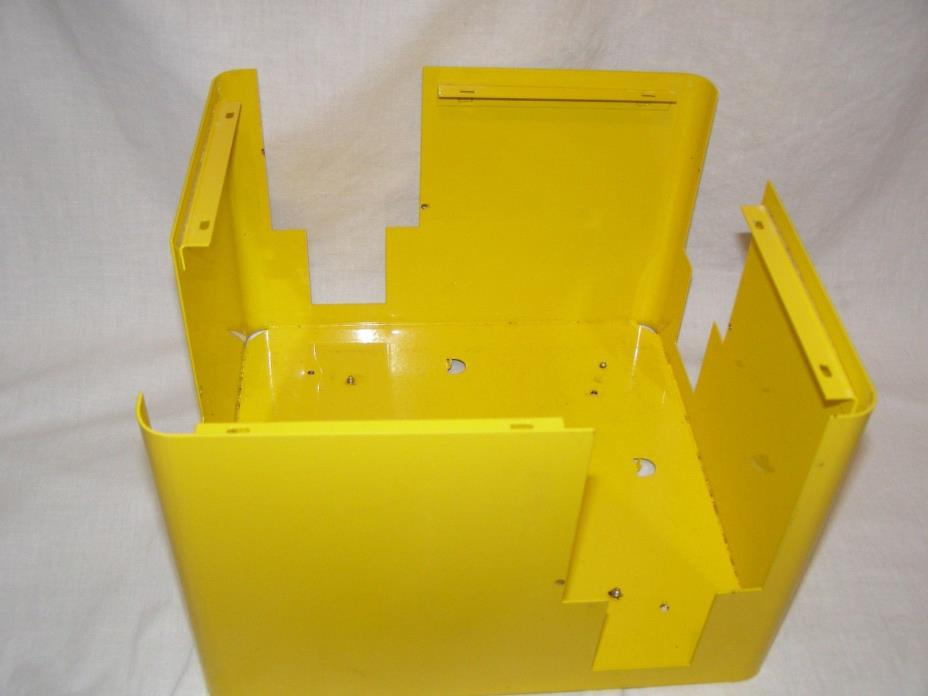 U TURN UTURN BULK CANDY VENDING MACHINE YELLOW BOTTOM COMPARTMENT TO BASE