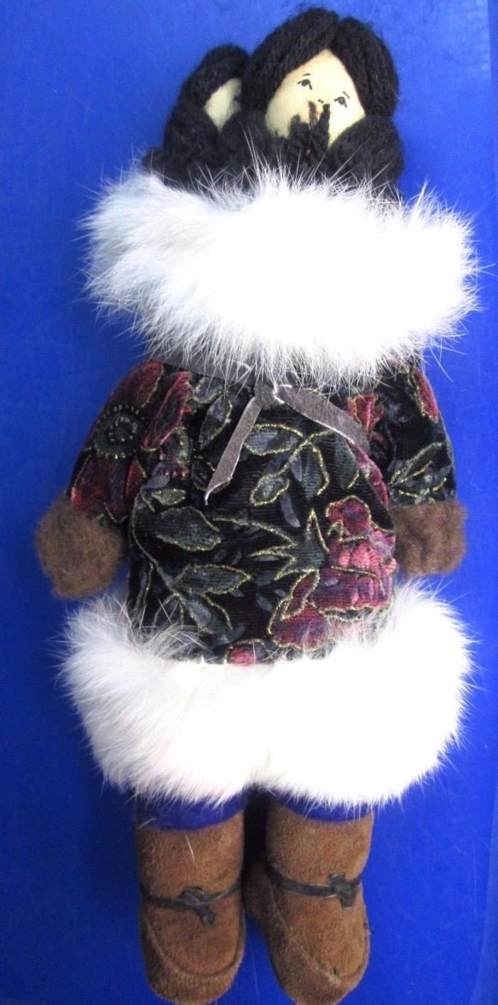 Inupiaq Alaskan Eskimo Mother With Baby Handmade Doll by Lillian Hanaka EUC