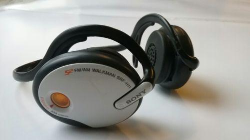 Sony Mega Bass S2 FM/AM Radio Walkman SRF-H11 Headphones Wireless Gym Running