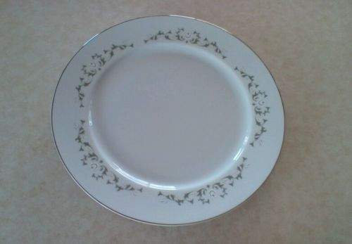 ELEGANCE By SHEFFIELD, FINE CHINA JAPAN, 502 M, ROUND PLATTER, 12 1/4 INCHES