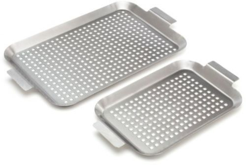 Bull 24118 Stainless Grid, 1 Small And 1 Medium