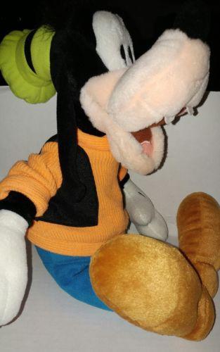 Disney World Parks Plush Goofy Stuffed Animal Toy