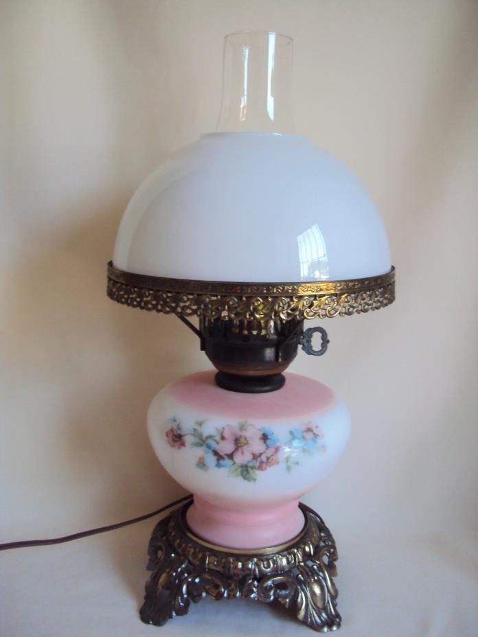 VINTAGE BRASS HAND PAINTED GLASS ROSES ELECTRIC 3 WAY TABLE LAMP WORKING