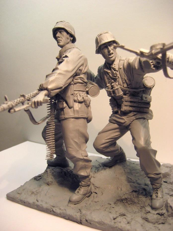 Waffen SS 1941 Eastern Front MG Team 1/16 120mm