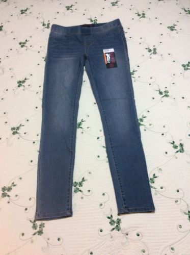 JUNIOR WOMENS SIZE 7-9 NO BOUNDARIES  BLUE JEAN ELASTIC WAIST JEGGINGS