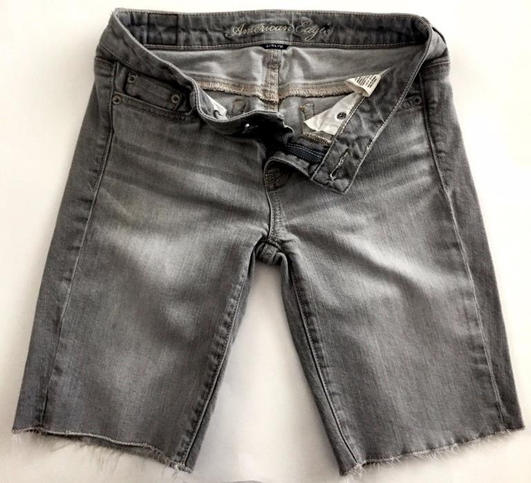 American Eagle Stretch Cut Off Ends Gray Jean Knee Length Summer Shorts Size: 2