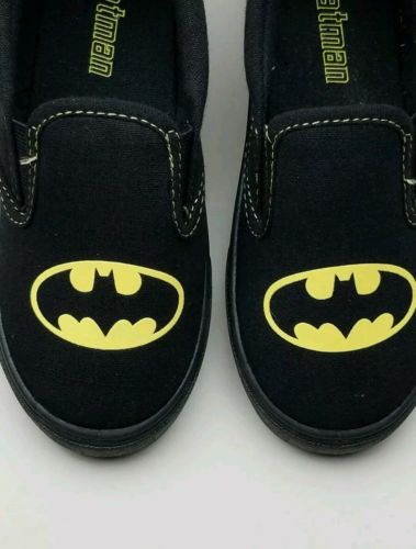 Batman Canvas Slip On sneakers Shoes Boys Toddler Boat Deck Size 10 Black NWT