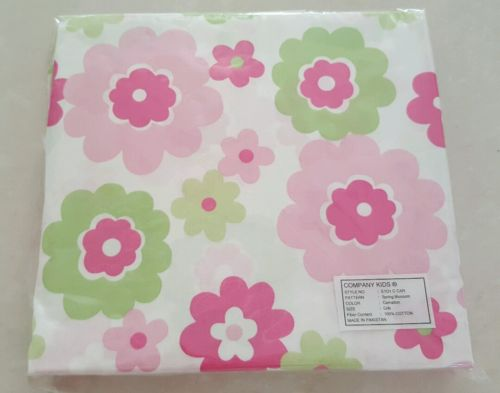 NEW Crib Sheet Pink Green Floral Baby Sheet Flower Company Kids Nursery bed