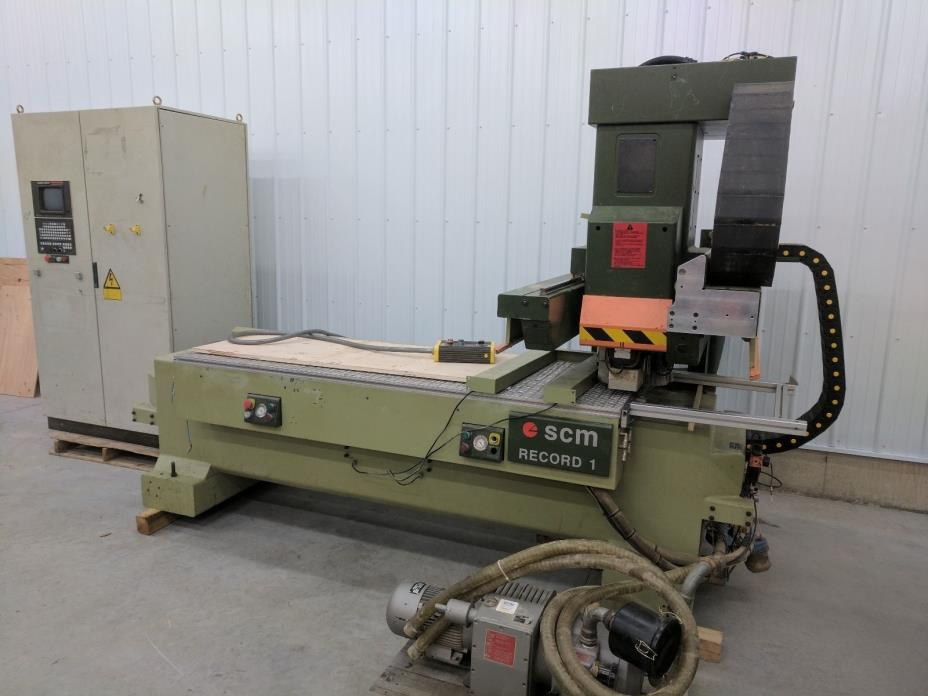 SCM RECORD 1 Wood Router CNC with Controller and Vacuum Table