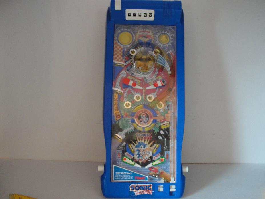 Sega Sonic The Hedgehog Tabletop Pinball Machine by Tomy Vintage 1992  TESTED