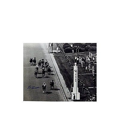 Steiner Sports TURCPHS016000 Ron Turcotte Finish Line Signed B/W 16X20 Photo NEW