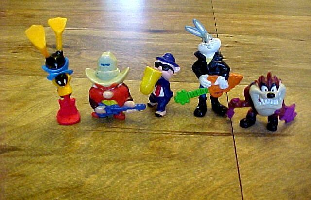 5 Lot Set Warner Bros Looney Tunes 1994 Macau Figurines 3
