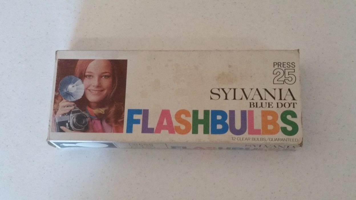 SYLVANIA BLUE DOT FLASHBULBS PRESS 25 (12 CLEAR BULBS) NEW