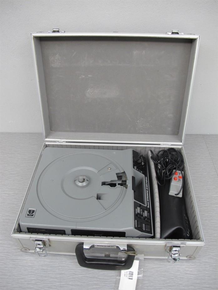 Kodak Ektagraphic III AMT Slide Projector w/Lens, Remote and Hard Case