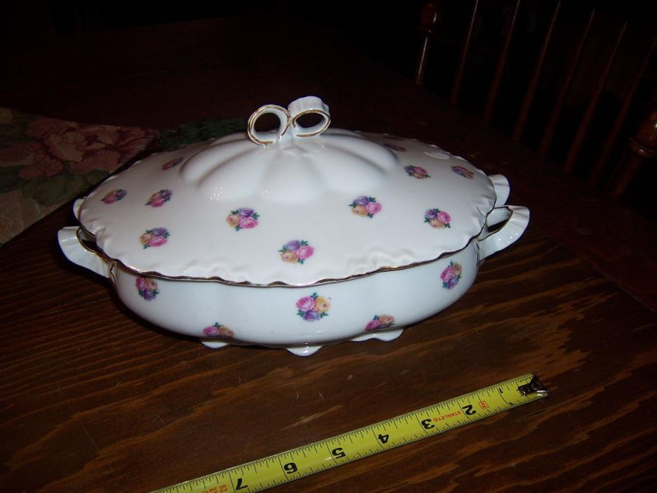 HUTSCHENREUTHER SELB BAVARIA COVERED VEGETABLE BOWL roses and ribbons 9 1/2 in