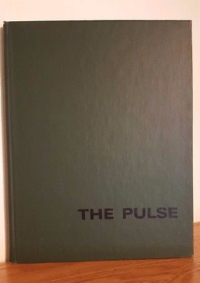 1975 Pulse the University of Vermont College of Medicine Yearbook Burlington VT