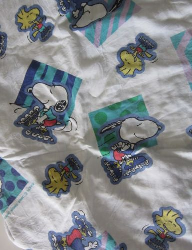 Vintage Roller Skating Snoopy Woodstock Peanuts Fitted Twin Sheet Fabric Bedding