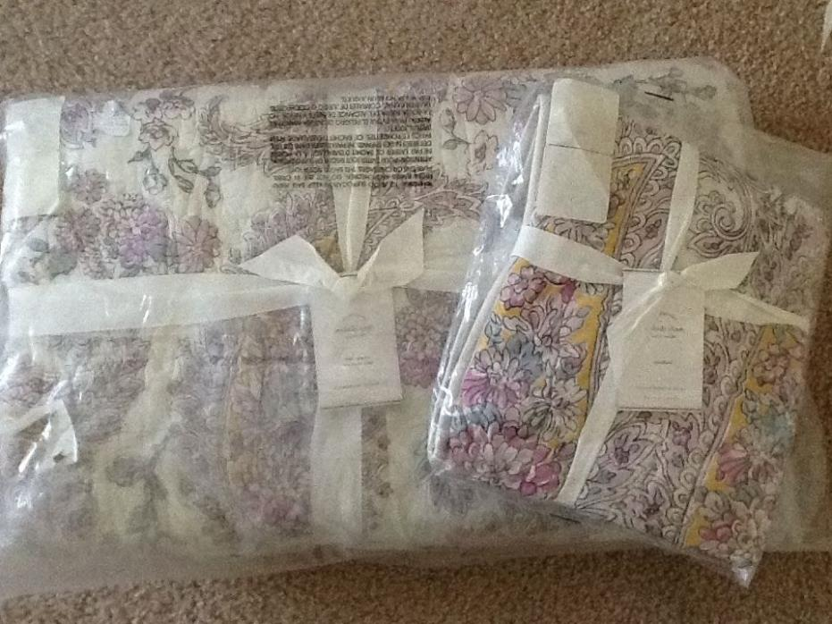 NEW POTTERY BARN MELODY PRINT QUILT FULL/QUEEN & (1) STANDARD SHAM MULTI NEW