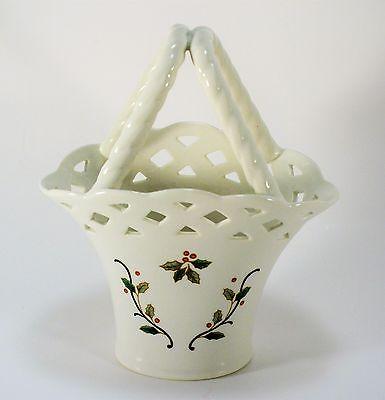 Holiday Lace Mikasa Handled Basket Christmas Holly Vase RL050
