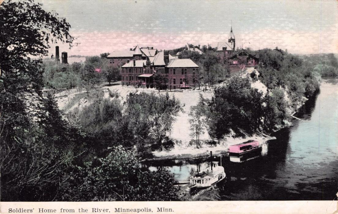 MINNEAPOLIS MINNESOTA SOLDIERS HOME FRON THE RIVER~STEAMER SHIPS POSTCARD 1908