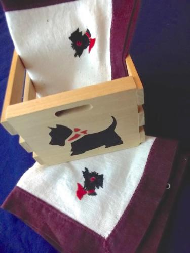 Handcrafted Scottie Dog Wood Toy Crate & 2 Hand Embroidered Napkins