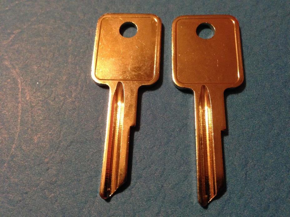 2 ALLSTEEL FILE CABINETS KEYS;KEY CODE D101A THUR D150A