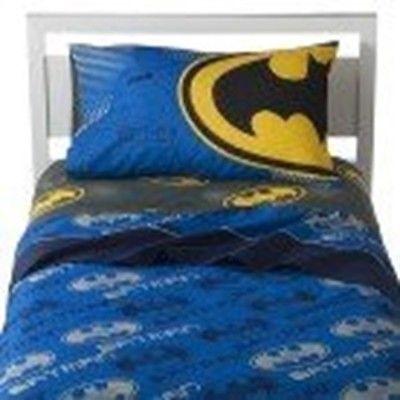 Batman Glowin Bats Twin Comforter and Cotton Rich Sheet Set